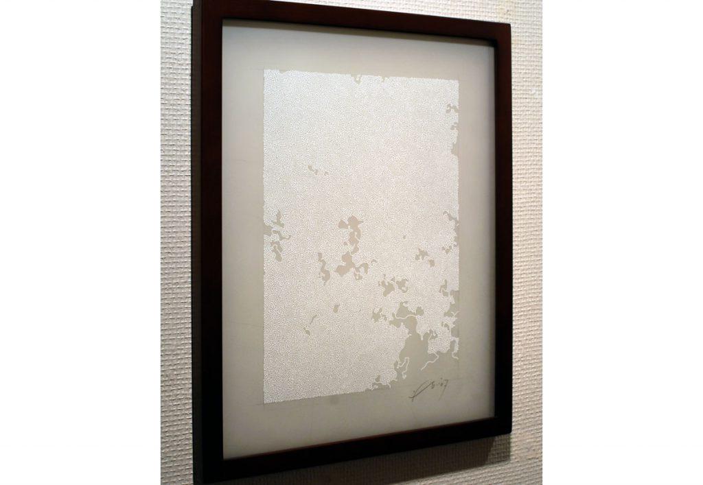 現代美術アーティスト・山本基が細密に描いたペンドローイング。